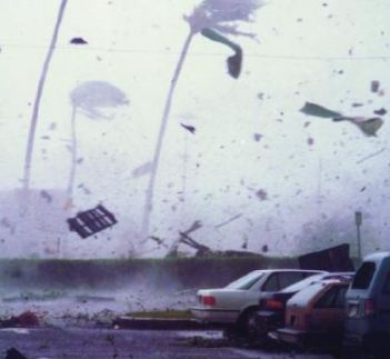 Snapshot of Hurricane Iniki on Kauai in 1992. Credit to University of Hawaii - SOEST