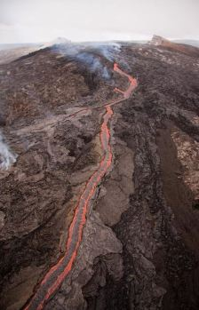 This is the origin point of the flow, Kilauea, about three days ago. (Credit: avaxnews.net)