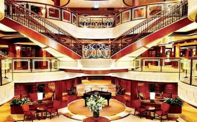 Cunard photo of QV's central atrium area.